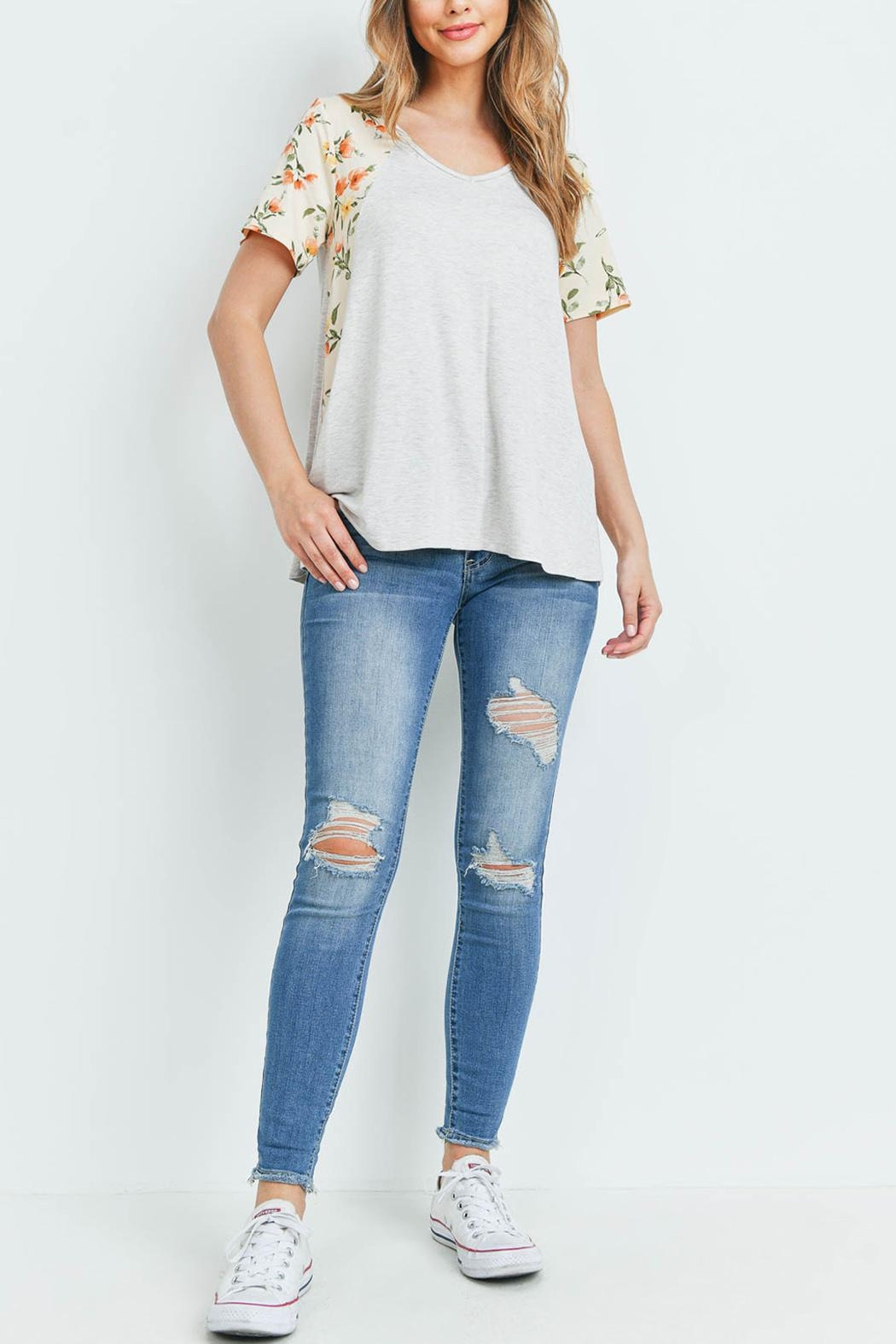 Riah Fashion Floral-Contrast-Two-Toned-V-Neck-Top - Side Cropped Image