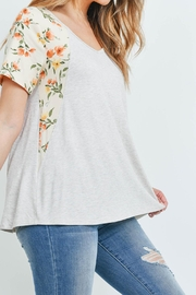 Riah Fashion Floral-Contrast-Two-Toned-V-Neck-Top - Other
