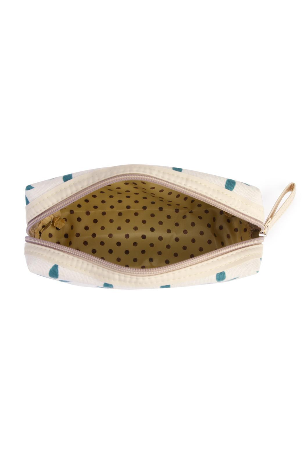 Riah Fashion Floral Cosmetic Pouch - Side Cropped Image