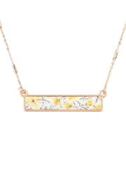Riah Fashion Floral Pendant Necklace - Front cropped