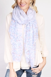 Riah Fashion Floral Print Scarf - Side cropped