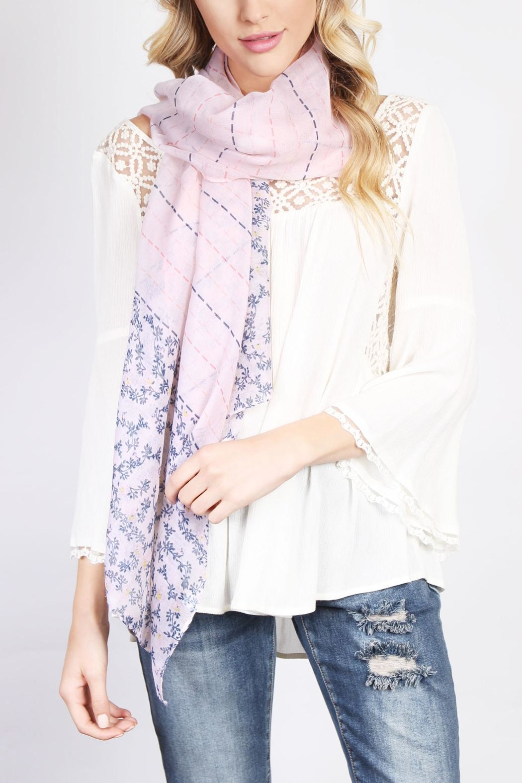 Riah Fashion Floral Print Scarf - Side Cropped Image