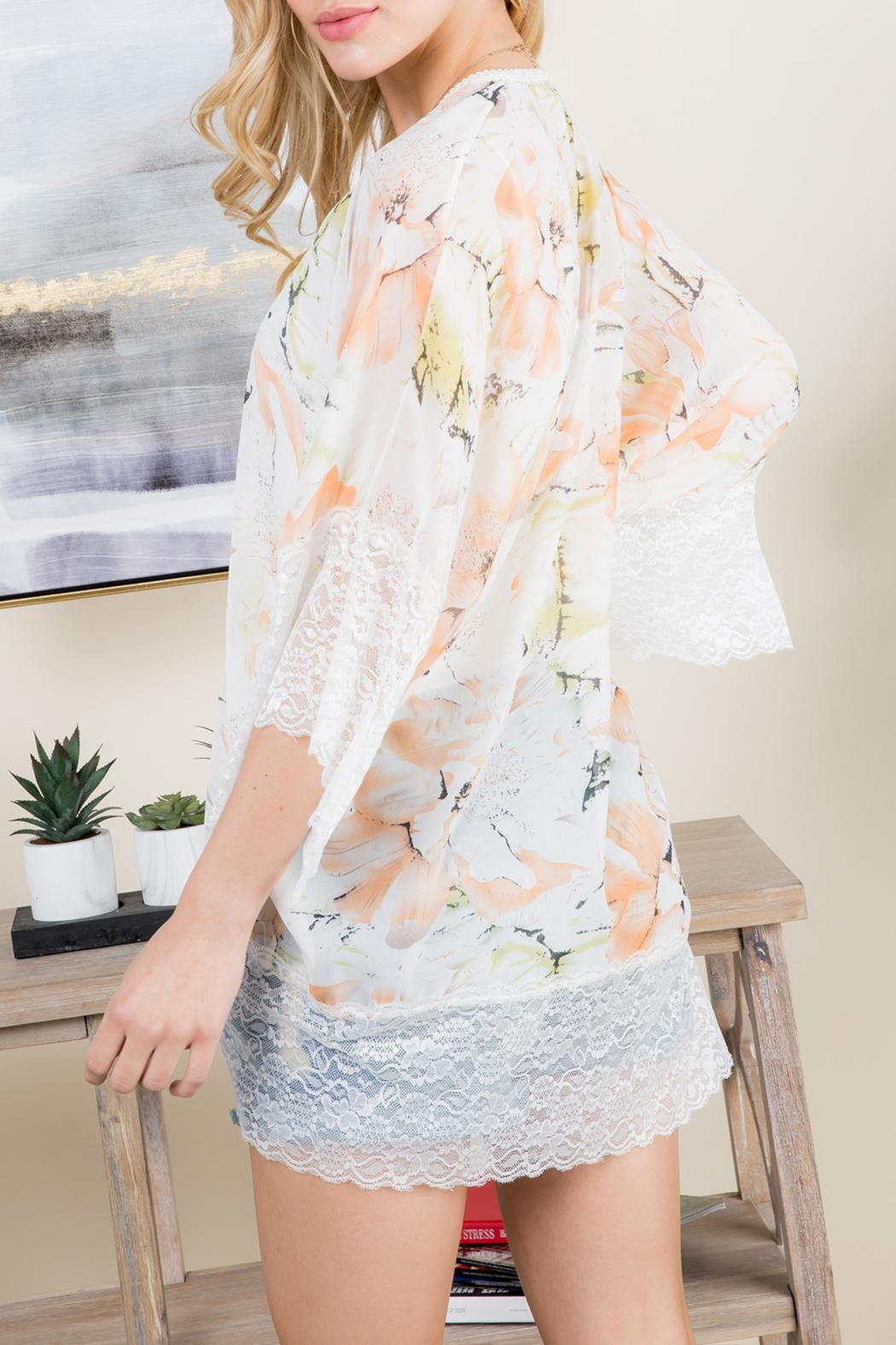 Riah Fashion Floral Printed Lace Kimono - Back Cropped Image