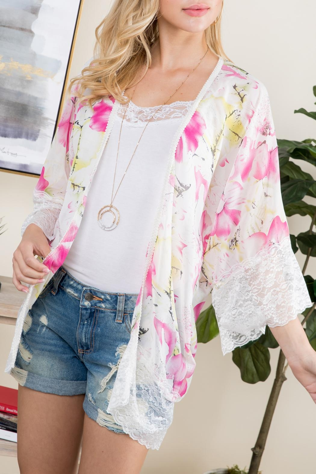 Riah Fashion Floral-Printed Lace Kimono - Side Cropped Image