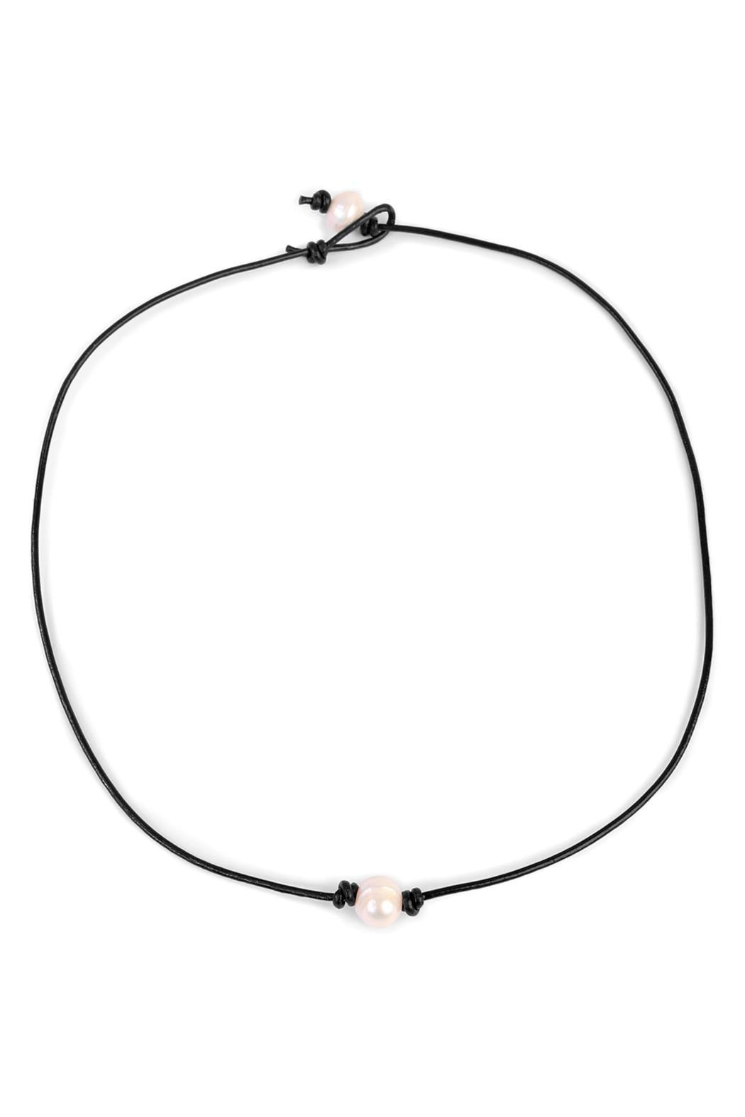 Riah Fashion Fresh Pearl Necklace - Front Cropped Image