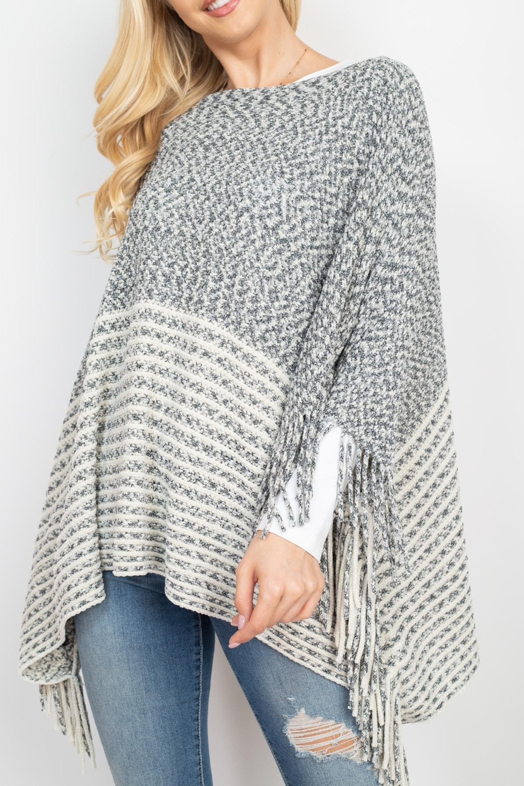 Riah Fashion Knitted-Two-Tone-Striped-Fringe-Poncho - Side Cropped Image