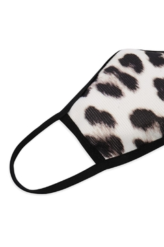 Riah Fashion Leopard-Antimicrobial-Face-Mask-For-Kids - Alternate List Image