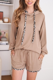 Riah Fashion Leopard-Contrast-Solid-Hoodie-And-Shorts-Set-With-Self-Tie - Product Mini Image