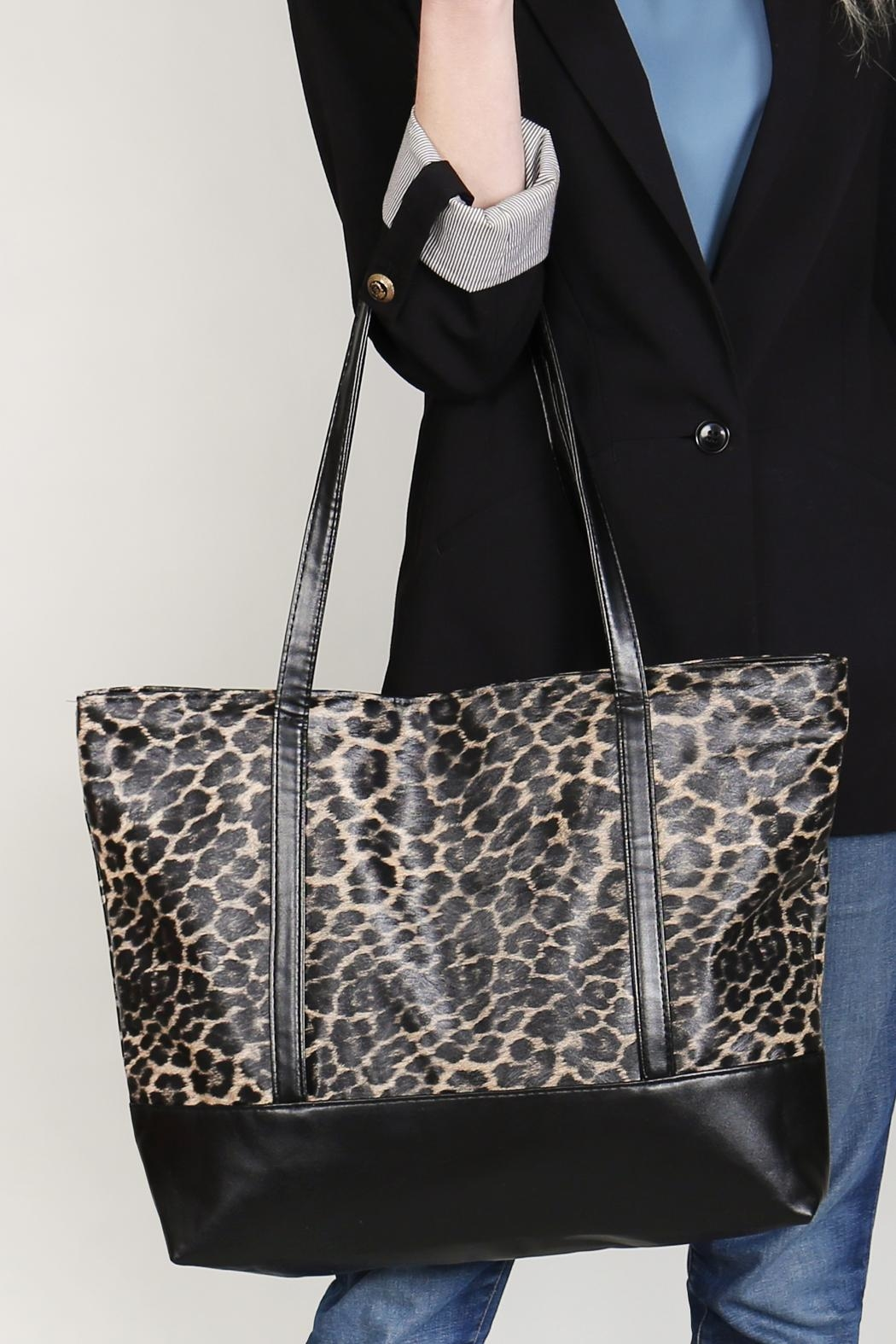 Riah Fashion Leopard Printed Tote Bag - Side Cropped Image