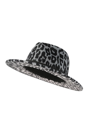 Riah Fashion Leopard Skin Pattern Fashion Hat - Front full body