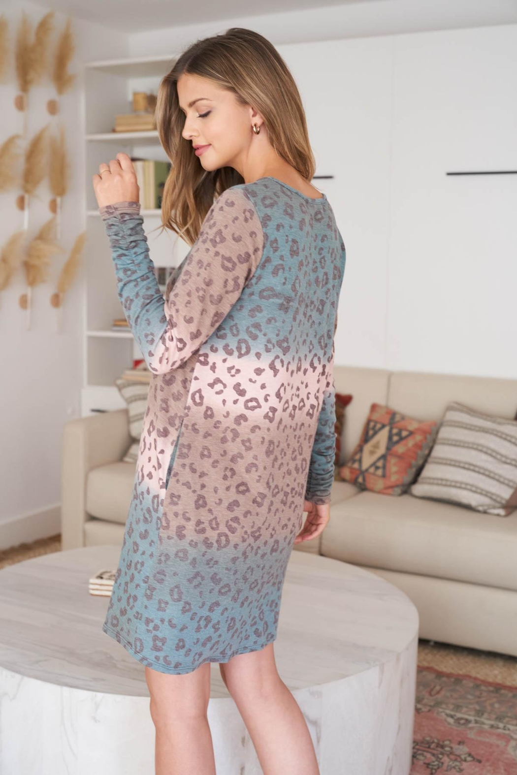 Riah Fashion Long-Sleeve-Ombre-Leopard-Dress-With-Side-Pocket - Back Cropped Image