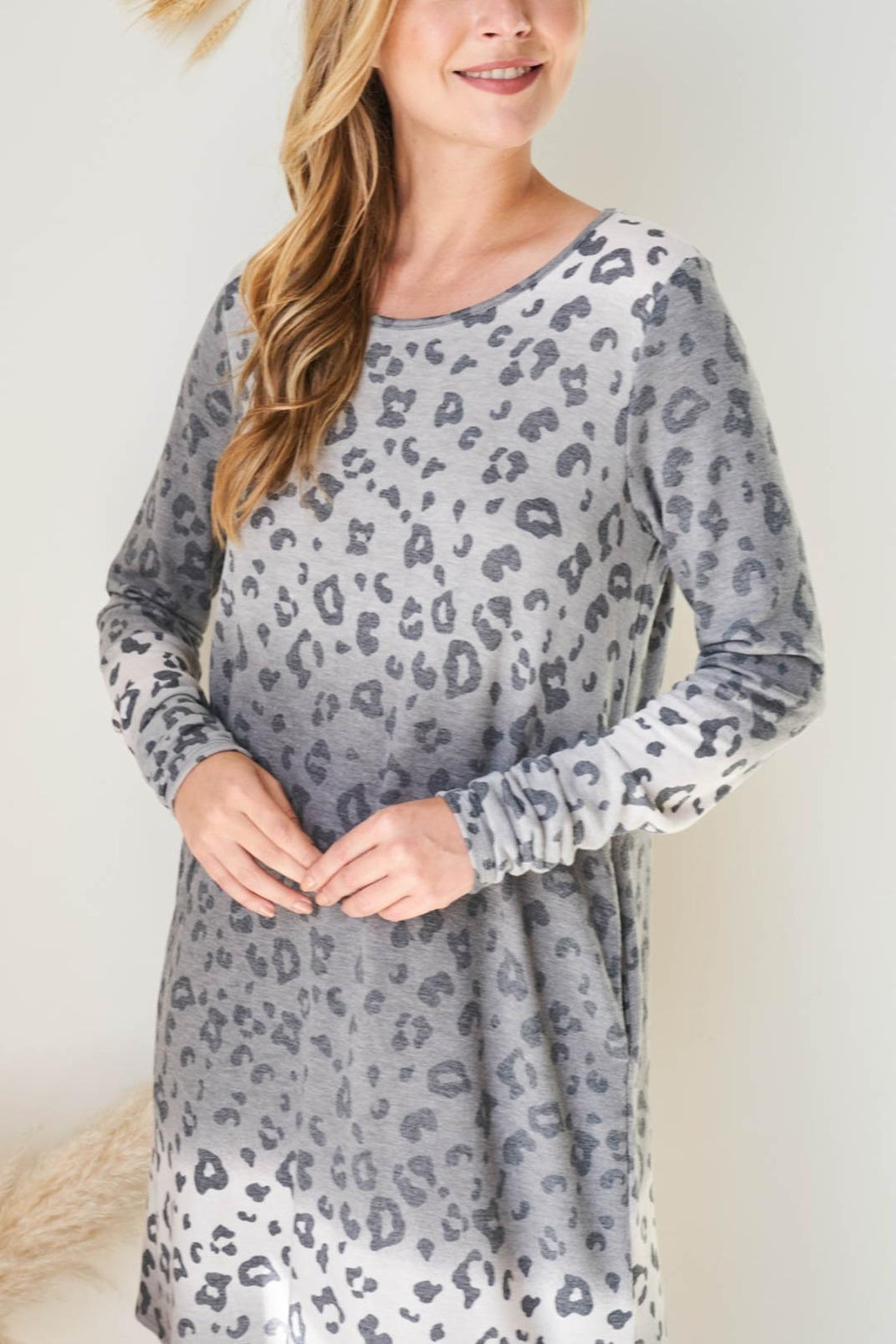 Riah Fashion Long-Sleeve-Ombre-Leopard-Dress-With-Side-Pocket - Main Image