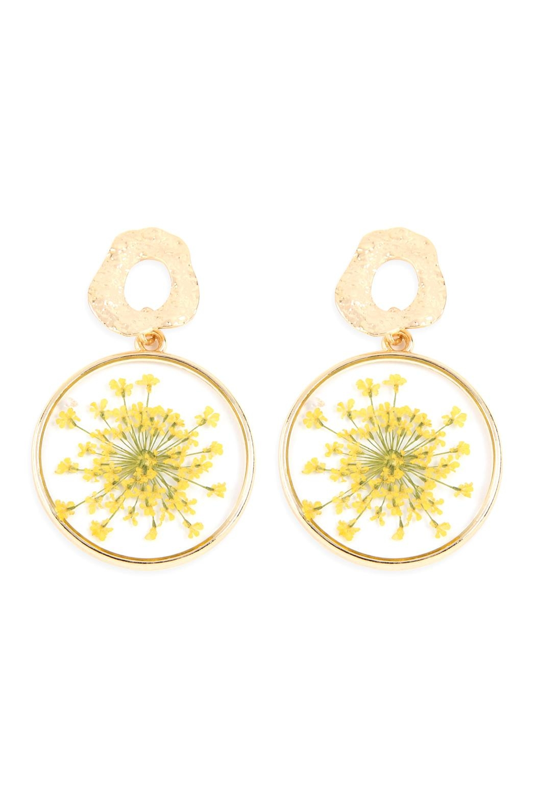 Riah Fashion Natural Flower-Acetate Drop-Earrings - Front Cropped Image
