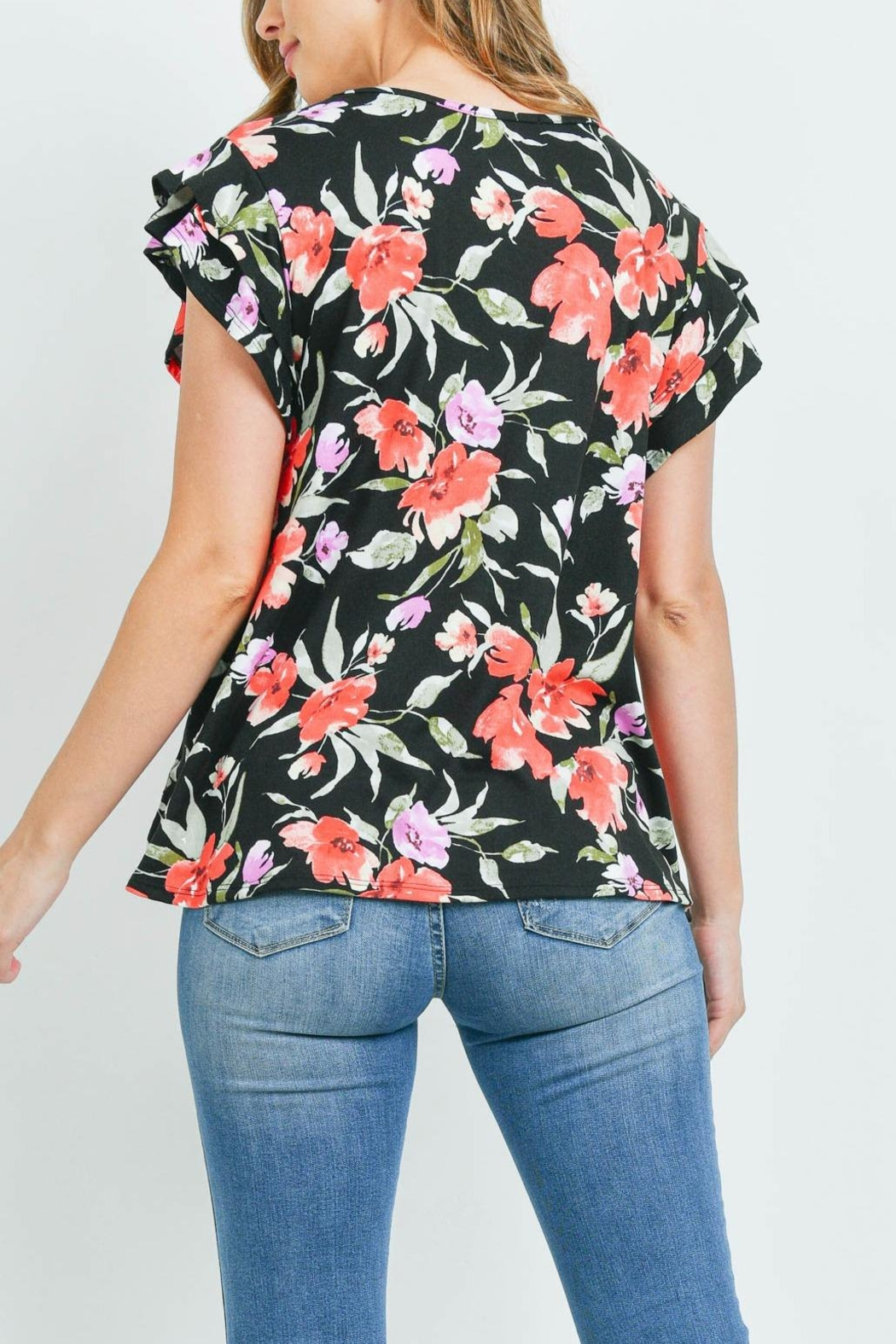 Riah Fashion Painterly Floral Print Cap Sleeve Top - Back Cropped Image
