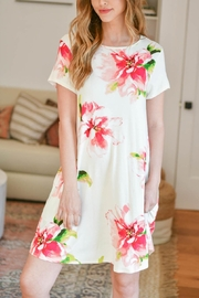 Riah Fashion Painterly-Floral-Print-Round-Neck-Dress - Front cropped