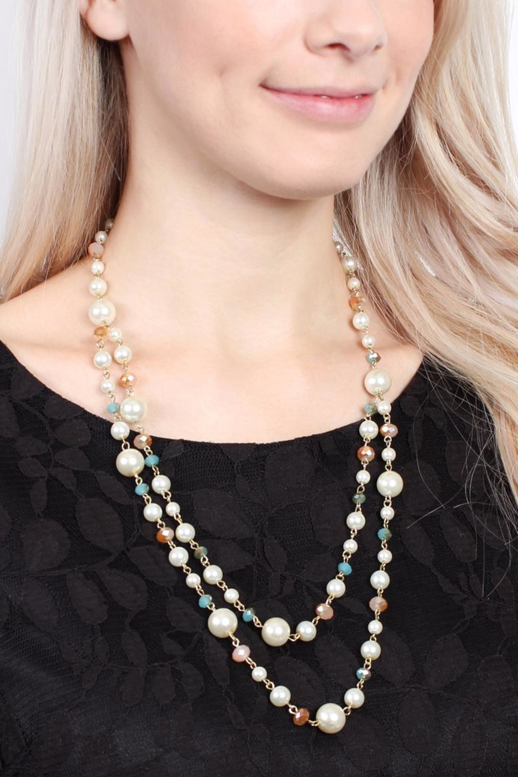 Riah Fashion Pastel Bead Pearl-Necklace - Side Cropped Image