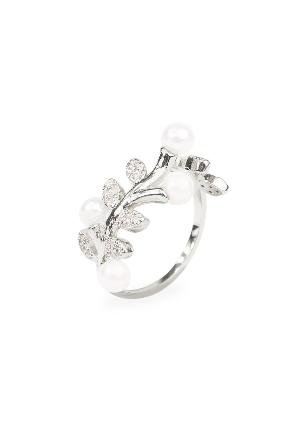 Riah Fashion Pear Leaf  Ring - Front Full Image