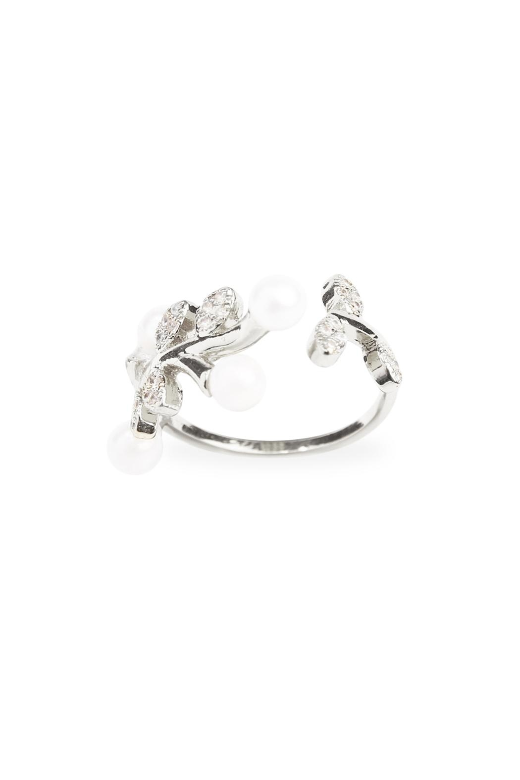 Riah Fashion Pear Leaf  Ring - Front Cropped Image