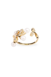 Riah Fashion Pear Leaf  Ring - Front cropped