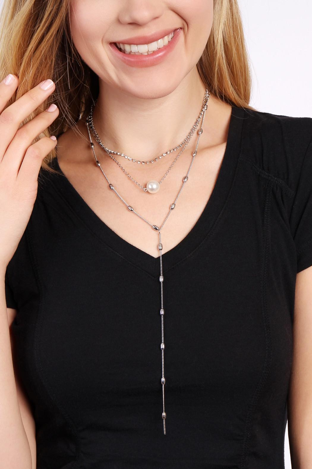 Riah Fashion Pearl Chain Necklace - Side Cropped Image