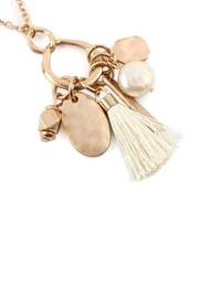 Riah Fashion Pearl Tassel Cluster Pendant Necklace - Product Mini Image