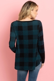 Riah Fashion Plaid-Pocket-And-Back-Contrast-Solid-Top - Side cropped