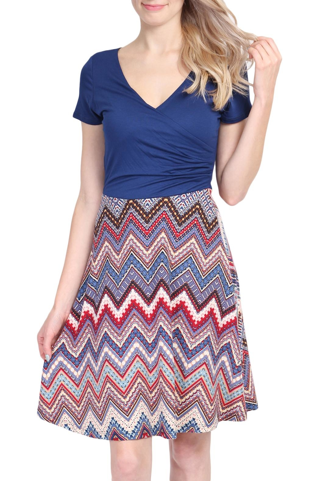 Riah Fashion Short Sleeve Chevron Dress - Front Cropped Image