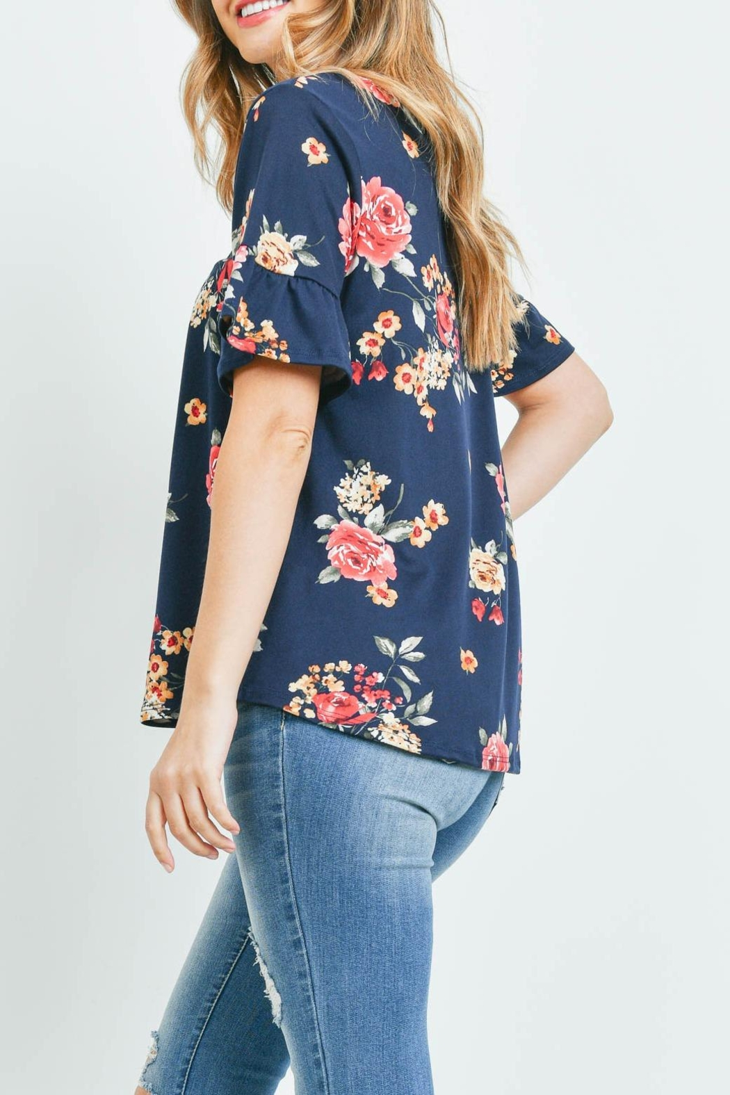 Riah Fashion Short-Sleeve-Floral-Print-Top - Back Cropped Image