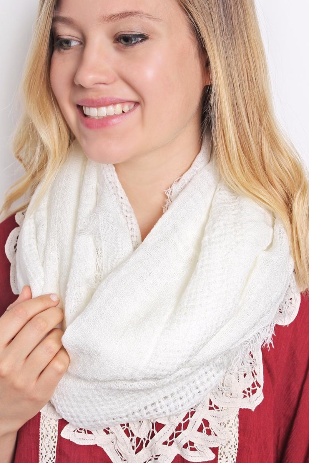 Riah Fashion Soft Infinity Scarf - Side Cropped Image