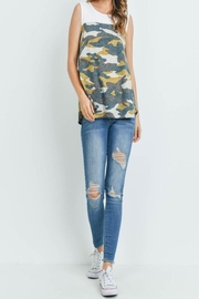 Riah Fashion Solid-Contrast-Camo-Print-Sleeveless-Swing-Top - Side cropped