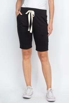 Riah Fashion Solid-Self-Tie-Short- With-Side-Pockets - Alternate List Image