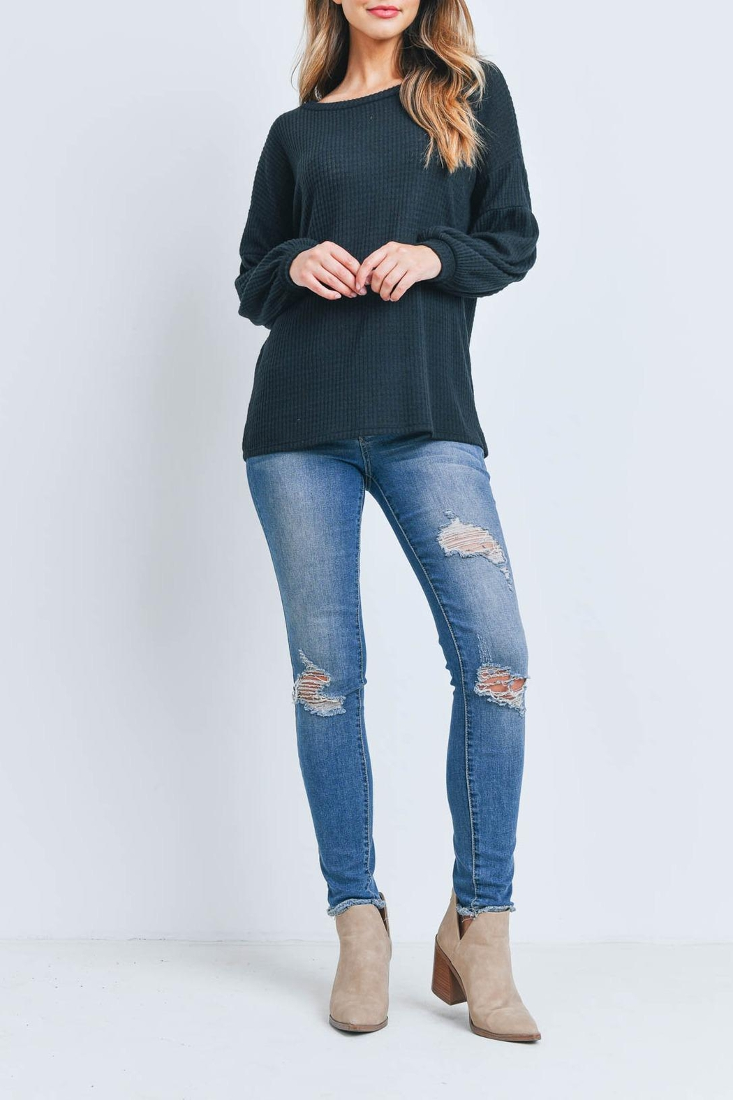 Riah Fashion Solid Waffle Puff-Sleeved-Sweater - Side Cropped Image