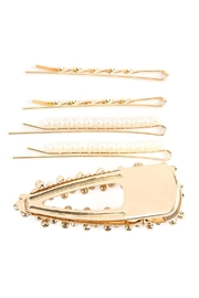 Riah Fashion Square Pearl-Hair-Clip-Set - Front full body