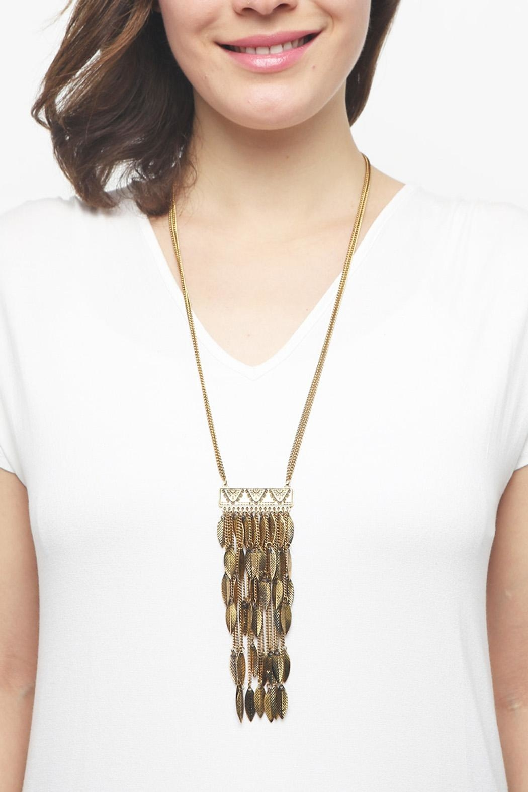 Riah Fashion Statement Leaf Necklace - Side Cropped Image