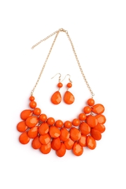 Riah Fashion Teardrop-Bubble Bib Necklace-Set - Front cropped