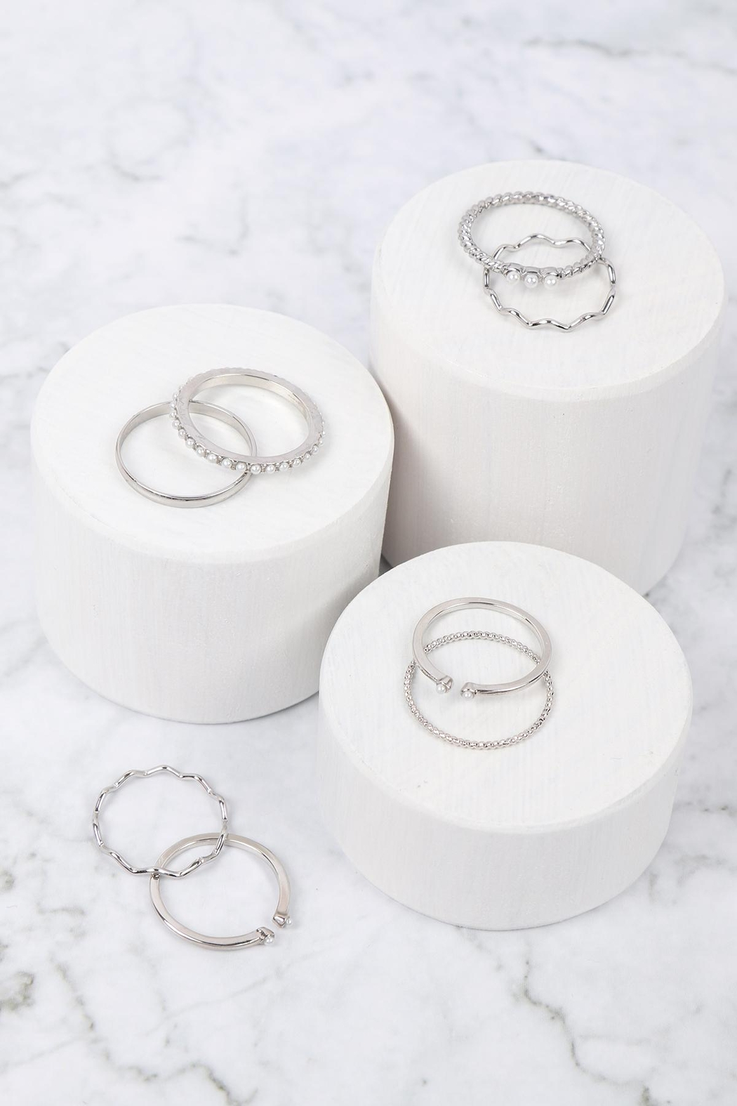Riah Fashion Textured-Curve-Pearl-Assorted-Ring-Set - Front Full Image