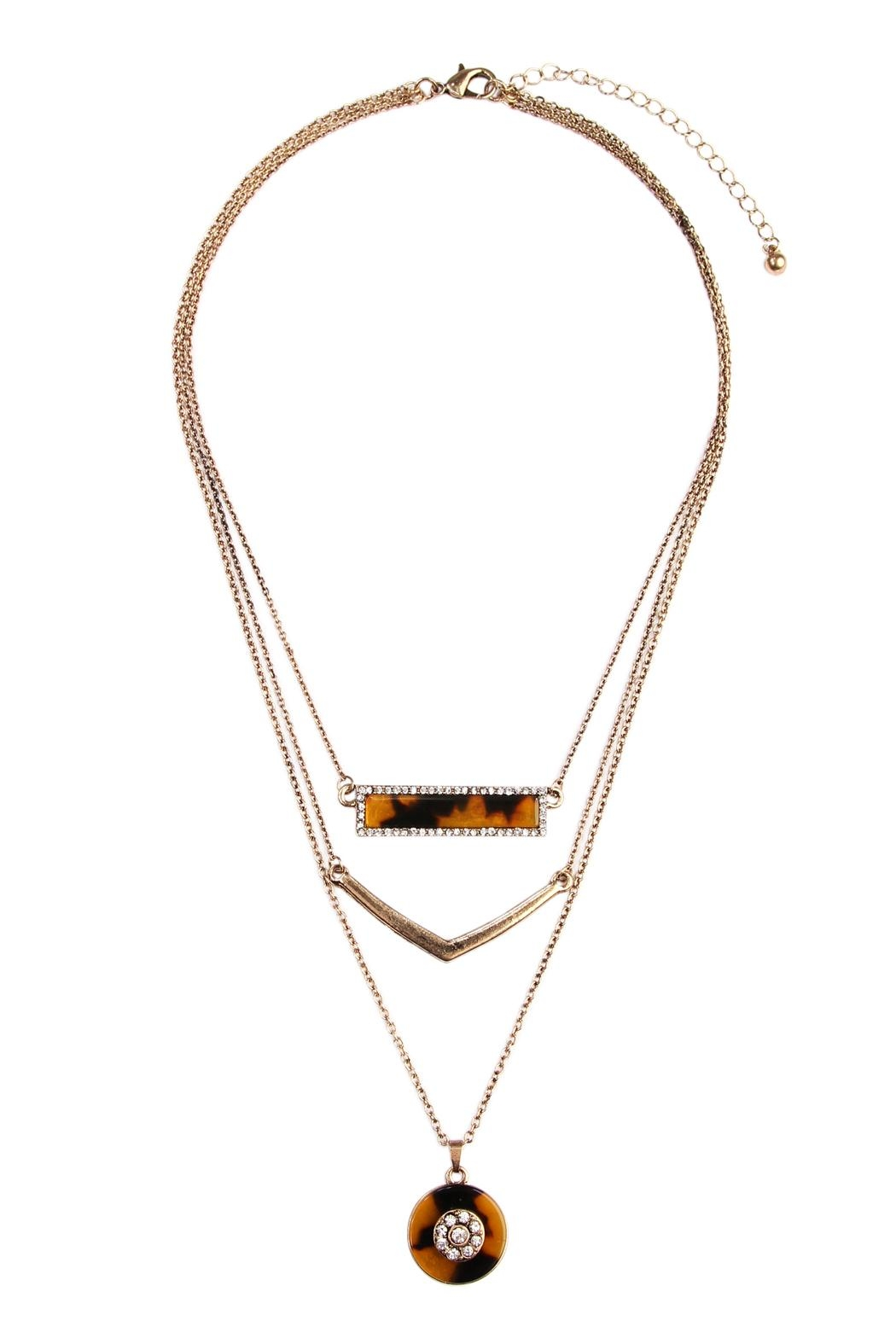 Riah Fashion Tortoise Marquise Round Necklace - Front Cropped Image