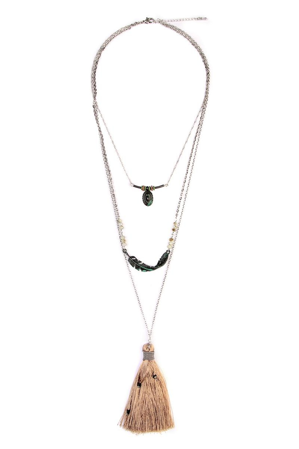Riah Fashion Twisted Feather Layer Necklace - Front Cropped Image
