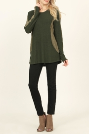 Riah Fashion Two-Tone-Side & Sleeve-Accented-Sweater - Product Mini Image
