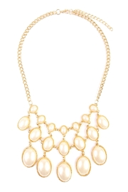 Riah Fashion Vintage Oval Pearl Necklace - Front cropped