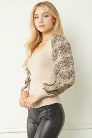 entro  Ribbed V-neck Top with Leopard Print Sleeves - Front full body