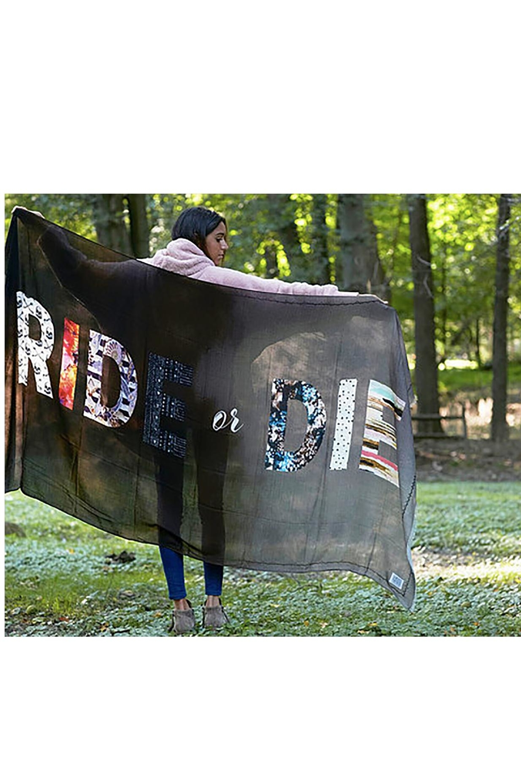 Virginia Wolf Ride-Or-Die Wander Wrap - Front Cropped Image