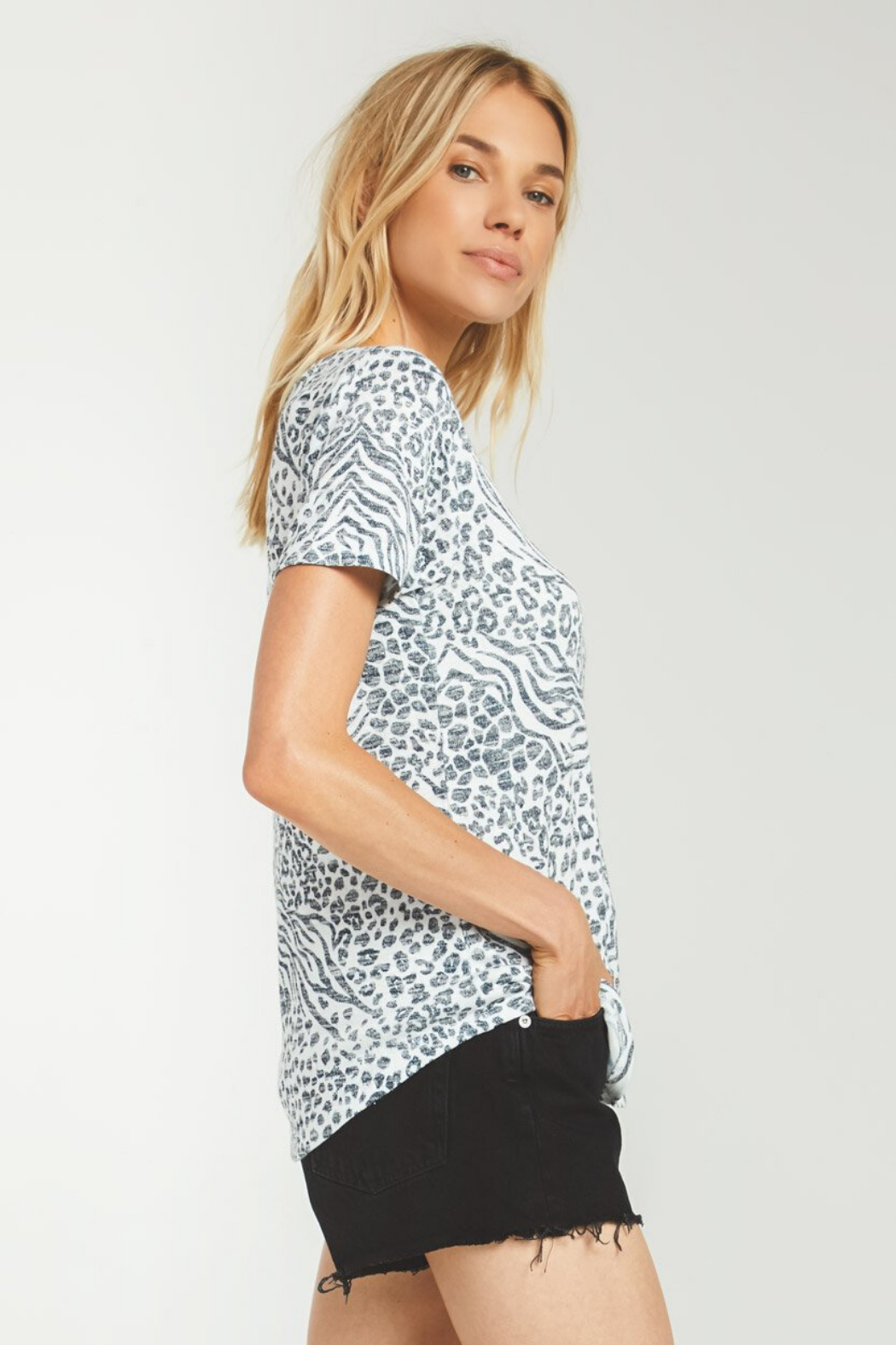 z supply Ridley Animal Tee - Side Cropped Image