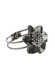 Rings & Things Black Flower Bracelet - Product Mini Image