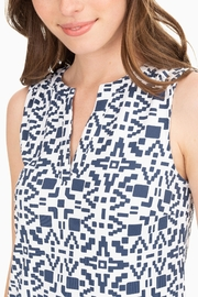 Southern Tide Robyn Performance Dress - Side cropped