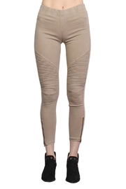 Rock Etiquette Best Seller Jeggings - Front cropped