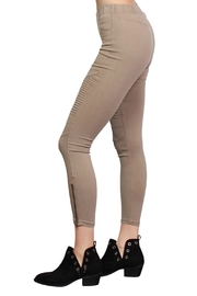 Rock Etiquette Best Seller Jeggings - Side cropped