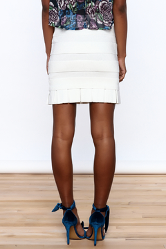Rolando Santana White Fitted Skirt - Alternate List Image