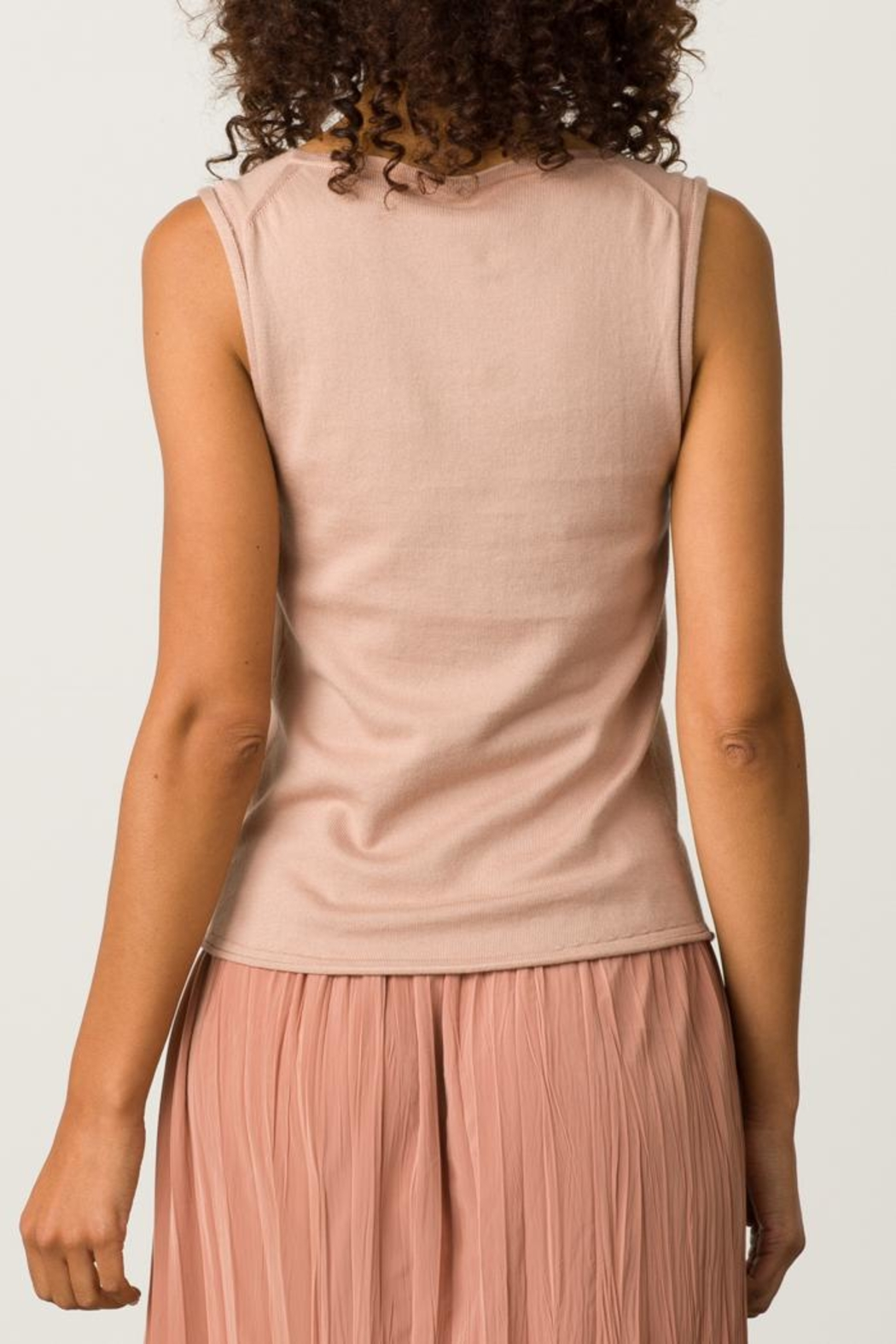 Margaret O'Leary Rolled Edge Tank - Side Cropped Image