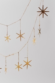 Roost Starburst Christmas Garland - Front full body